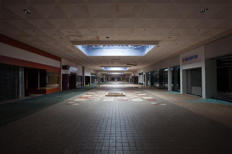 Detroiturbex com - Woodville Mall
